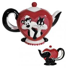 Pepe Le Pew and Penelope Mi Amor 26 oz. Teapot